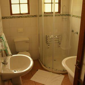 7 Valley Bathroom